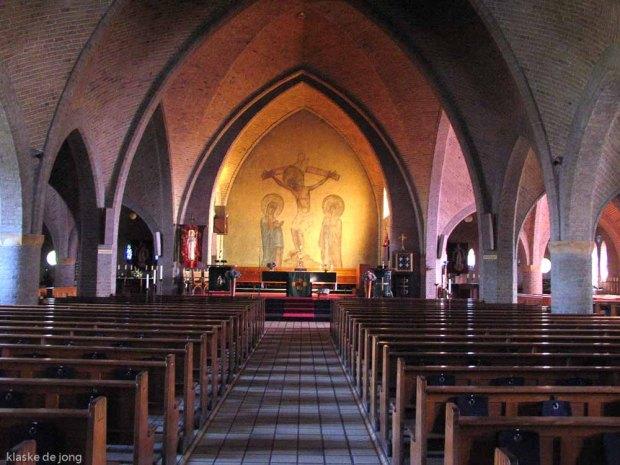 img_4660-interieur-bonifatiuskerk-haaksbergen